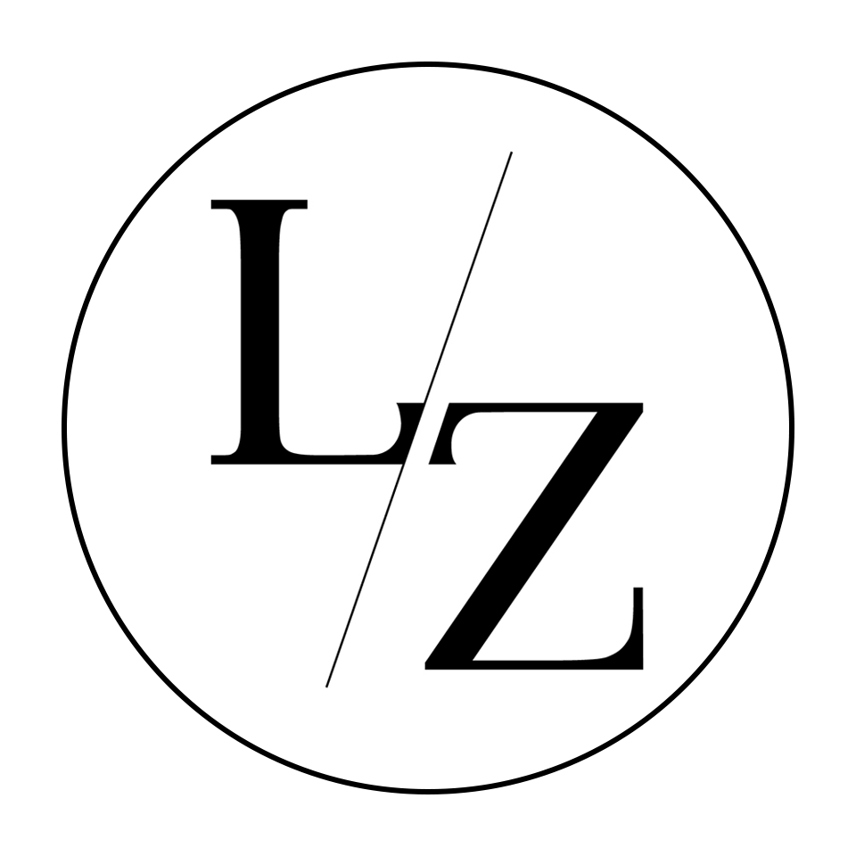 Lisa Zevi logo with circle